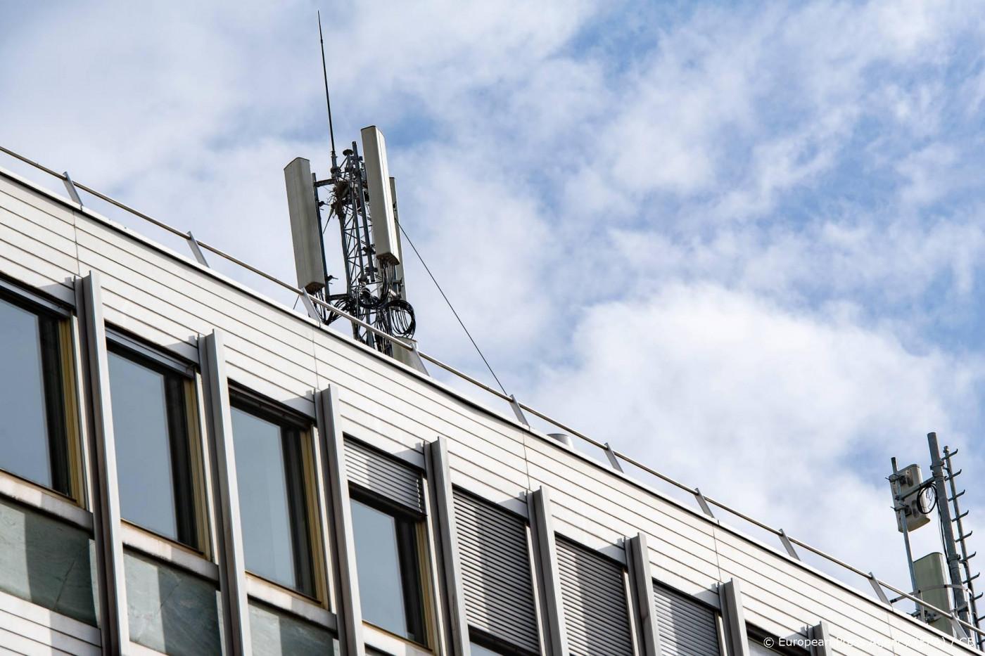 'Bouw één 5G-netwerk voor alle providers'