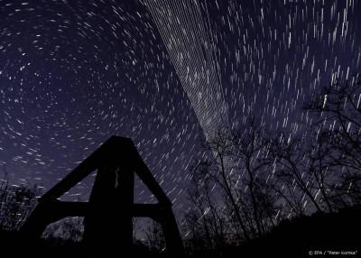 Sterrenkundigen vrezen lichtvervuiling door commerciële satelliet